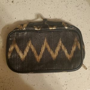 Black and gold Joico Zip Bag